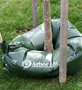 Ooze Tube Watering System, 15 Gallons—Tree Watering Bag System